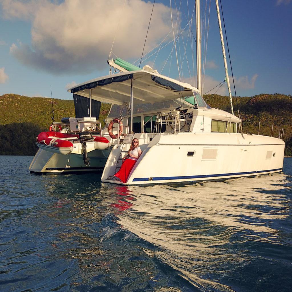 Whitsundays: Sailing the Whitsundays on a Luxury Catamaran